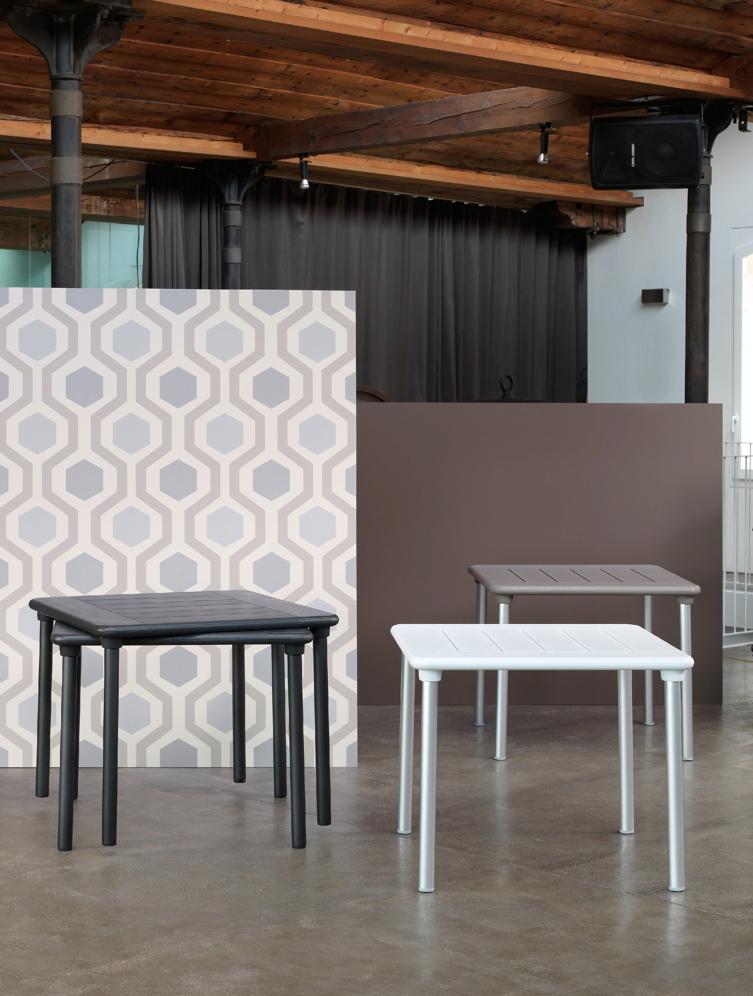 gartentisch nardi maestrale 90x90 wei esstisch bistrotisch vom gastrom bel fachh ndler. Black Bedroom Furniture Sets. Home Design Ideas
